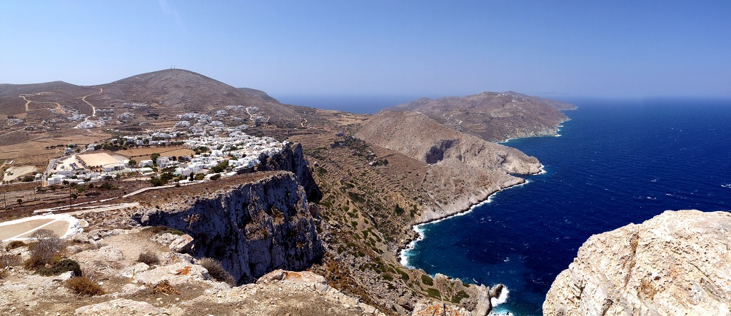 Sailing holidays in Folegandros