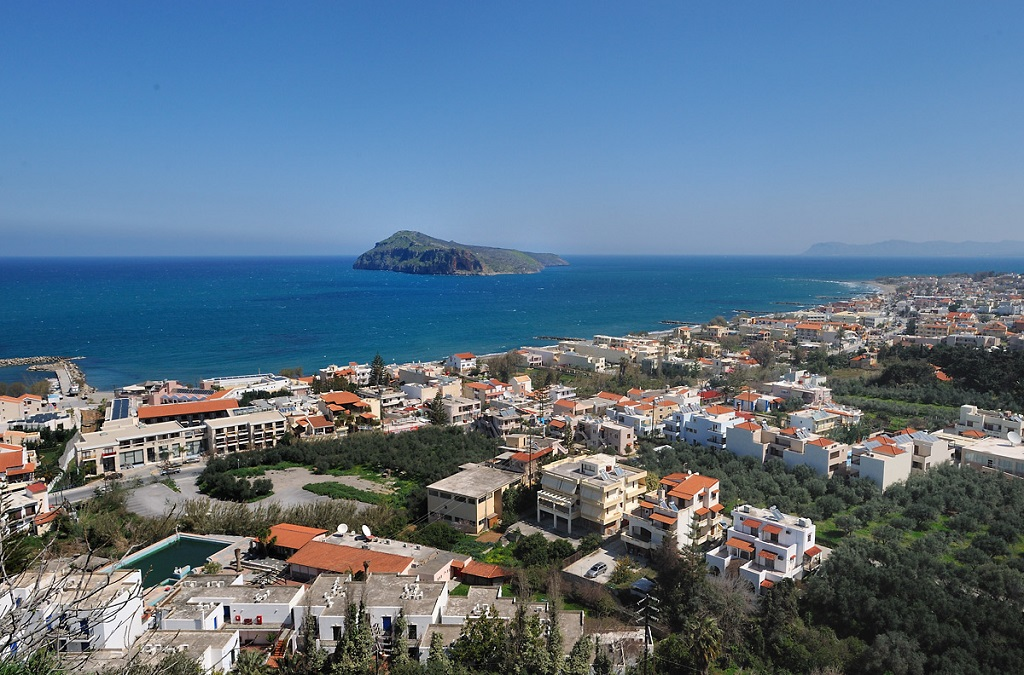Sailing holidays in Platanias