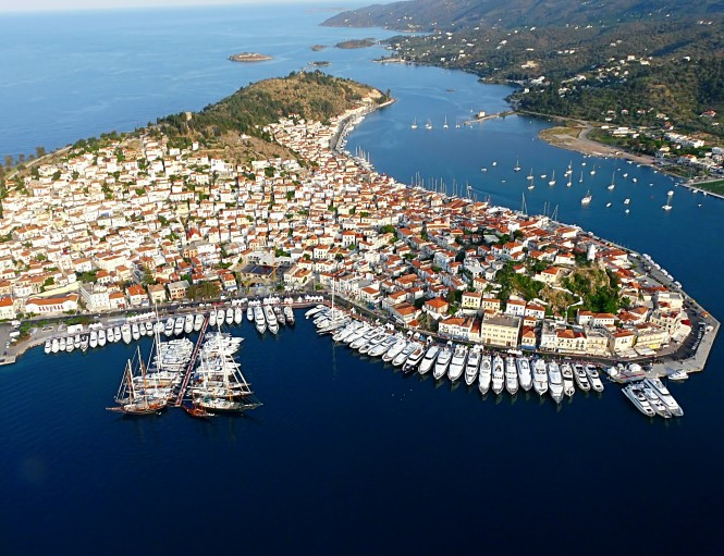 Sailing holidays in Poros