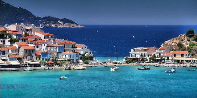 Sailing holidays in Samos