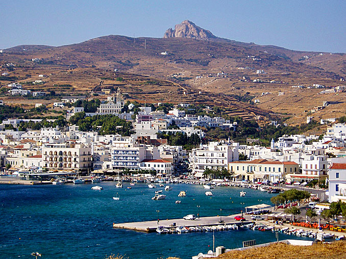 Sailing holidays in Tinos